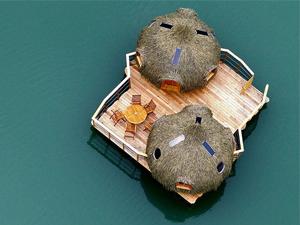 Cabane flottante famille